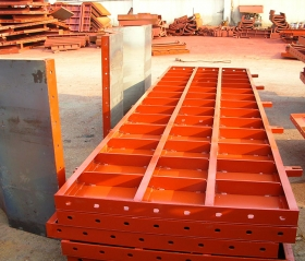 辽宁建筑钢模板图片